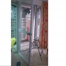 向屋内开的珠鎖不鏽鋼蚊門