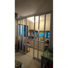 厨房间玻璃趟門